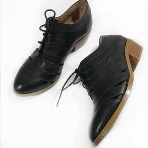 Splendid Clandestine Cut Out Oxford shoes 7.5